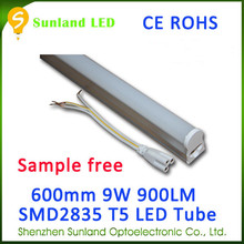 Patent design CE ROHS cool white T5 9w 48pcs SMD2835 900lm led for meat shop