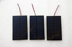 Custom made cheap price 100*60mm 5V 0.7W PET mini solar panel with connector
