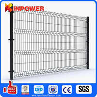 Temporary decorative Garden Welded Curved Fence/Bending Triangular Wire Mesh Fence With ISO