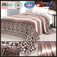 China factory Maroon leopard animal print wild style soft velvet blanket bed spread