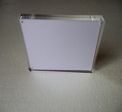Manufacturer supplies acrylic photo frames 8x10 with magnets supplier