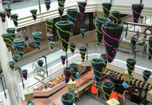 New design 2015 hanging shopping centre christmas decorations