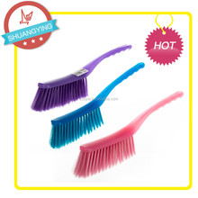 SY3303 Non-slip plastic grip TPR sofa cleaning brushes bed dust clean brush