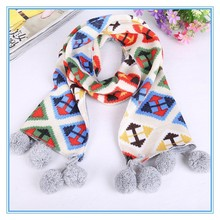 2015hot sale cartoon thick wool scarves hanging ball Knitting scarf with baby scarf for children