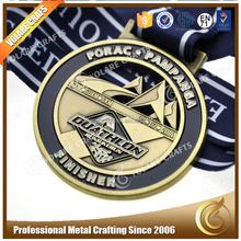 Vendita diretta in fabbrica 3d campione gratuito sport medaglia gancio in metallo, medaglie personalizzate nessun ordine minimo