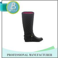 2015 Newset Customised designs Rubber Waterproof girls sex black knee boots