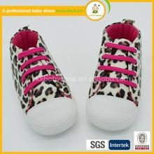 Ingrosso coreano stile moda leopardo grano con lacci delle scarpe bambino non- slittamento pattini di bambino soft