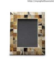 digital photo frame . Material: natural buffalo horn