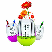 2015 Fujian factory supply mini clock with decorate pen stand