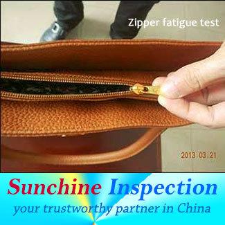 Handbag-QC_zipper-fatigue-test.jpg