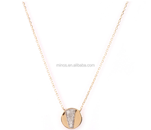 China New Design Tiny Pave Flash Disc Pendant Necklace in Gold