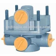 RELAY VALVE 0004293044 / 0004296544 / 0014296844 / 0014299144 Engine Type WABCO:973 011 000 0