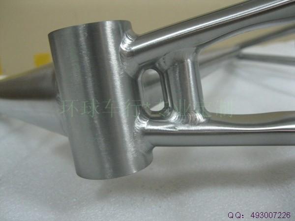 titanium bicycle frame10.jpg