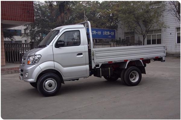 chinois ramassage camions 4x2 4x4 mini camion mini camionnette pour vente camions id de produit. Black Bedroom Furniture Sets. Home Design Ideas