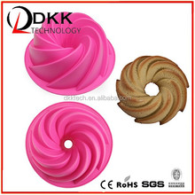 2015 Popular food grade material colorful silicone cake mold