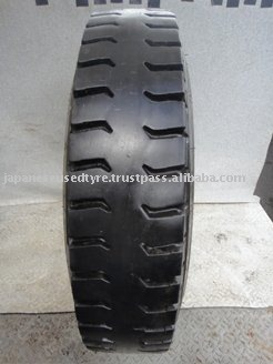 Caminhão usado pneu 1000R20 1000 - 20