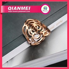 Fashion wholesale 925 sterling silver rings,beautiful flower shaped diamond silver ring