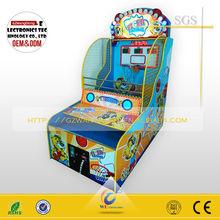 Factory price core Basketball shooting machine/indoor basketball shooting game
