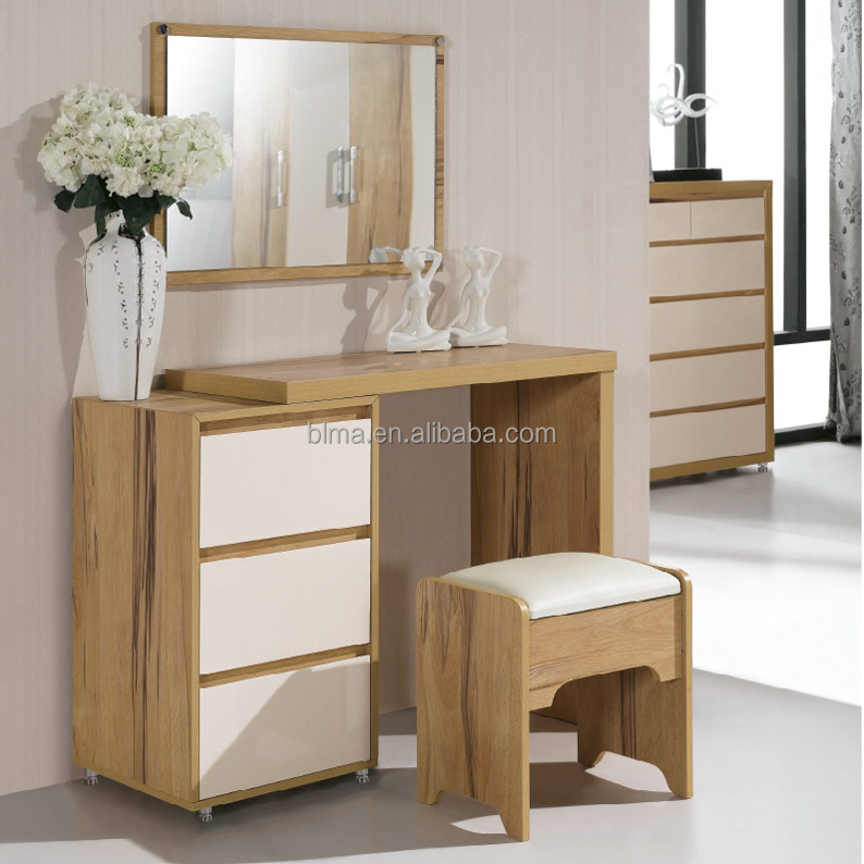 Charmant DRESSING TABLE 8