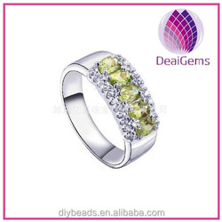 925 sterling silver and Natural Peridot jewelry ring