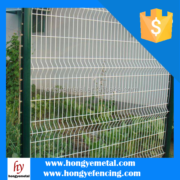 Galvanized welded wire mesh fence panels in gauge