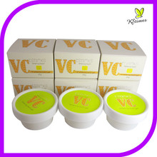 Natural Vitamin C skin brightening anti-freckly spots removal skin whitening face cream formula
