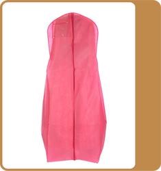 Wholesale fashion design foldable non woven wedding dress covers