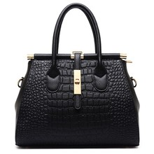 Classic fashion ladies messenger handbag, large soft leather handbag