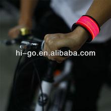 2014 productos únicos para venta de led pulsera bofetada para los deportes