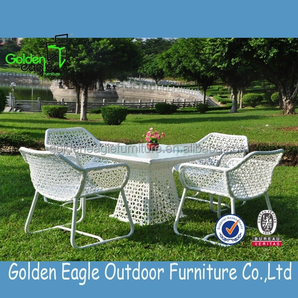 Flower Weaving High End Rattan Outdoor Dining Set Wicker Table And Chairs For
