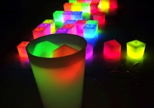 2015 bar flashing cubes ice wholesale glow ice for night club plastic wine ice