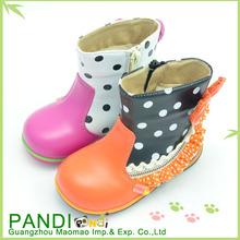 el precio de fábrica y en línea de descuento venta caliente populares por chica de otoño e invierno botas de media caña
