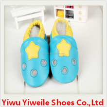 High quality of the yellow star style blue hollow out leather bulk wholesale shoes