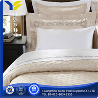 golden wholesale satin fabric 100 % cotton printed bedding set luxury and bed sheet