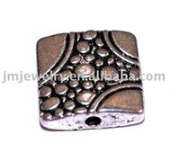 Flat metal beads accessory for jewelry component
