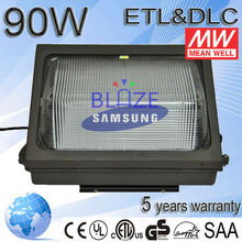 Shenzhen wholesale 60W IP65 Meanwell driver UL DLC approved led outdoor light wall 5years warranty