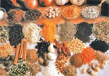 pepper, red chillie, turmeric , cinnamon, cloves, cardamon, ginger, curry powder , curry leaves, soya beans, rice, Coffee beans