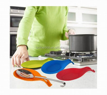 Kitchen spoon rest Silicone heat resistant utensil silicone spoon holder for cooking tools