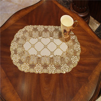 Dining lace table cover