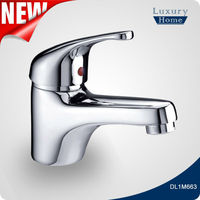 2015 hot sale bathroom faucet wash basin tap models