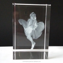 Pujiang Factory Wholesale Glass Cube 3 D Laser Engraving Crystal Block Gift