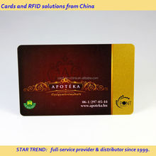 Credit card size plastic gold card with ISO magnetic strip - loyalty card