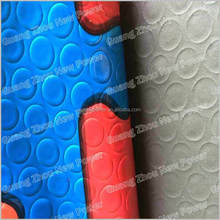 Factory hot sales high tear strength the surface of embossed circular design pvc flooring. New pvc sponge flooring.