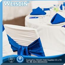 mejor venta de novia con volantes cubierta de la silla azul la decoración del partido