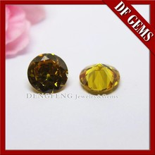 Shining round synthetic yellow cubic zircon for ring