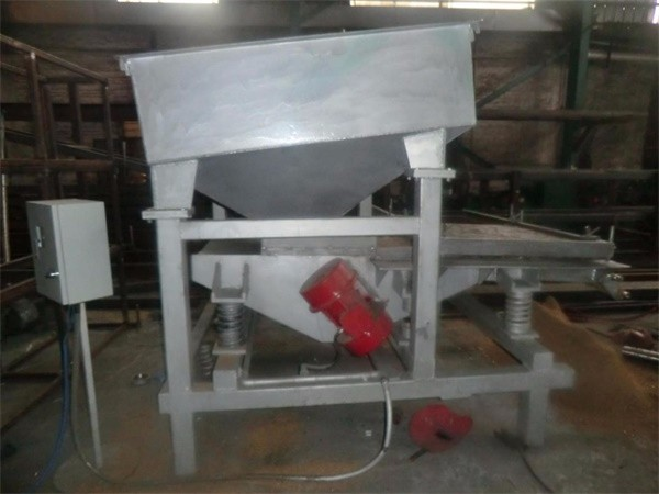 Medium vibratory magnetic iron separator 1A.jpg
