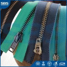 light shiny gold zipper slider/pendant SBS Zipper V5874-5620