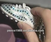 2014 promotional fabric&pvc colorful mini soccer shoe keyring