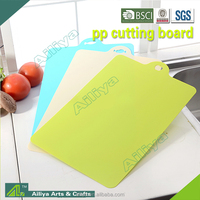 FDA LFGB approved abrasion resistance eco-friendly flexible durable multifunctional animal shaped cutting board