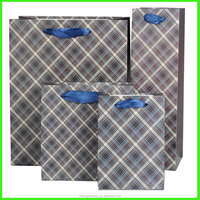 Yiwu Yilong Printing Multi Size Customized Wrapping Printed Resuable Paper Carrier Bag